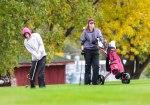 2 girls golfing