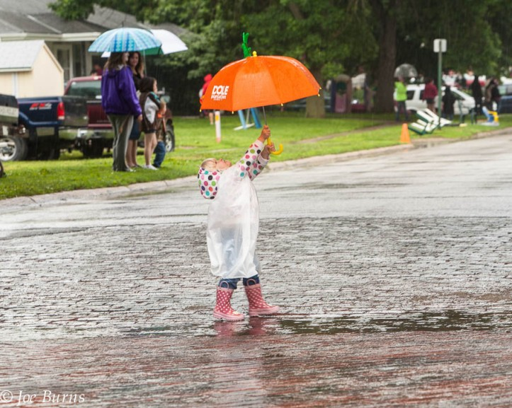 A little rain didn't spoil the Gareway to the West parade for Guinevere Andersen