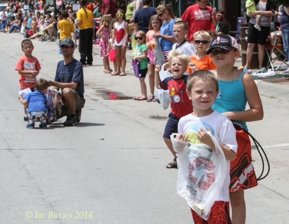 Kids watching parade