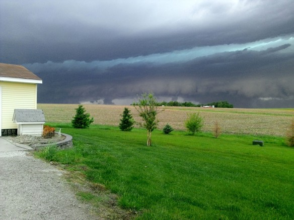 Storm approaching northern Washington County. (Courtesy Stacie and Myron Poessnecker.)