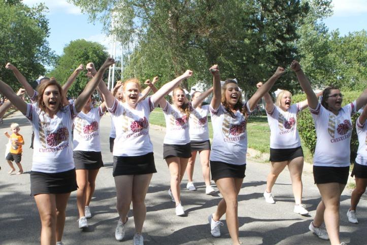 Arlington cheerleaders