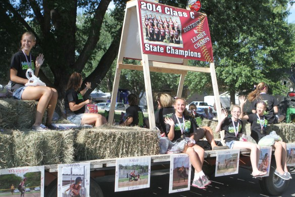Arlington softball float.