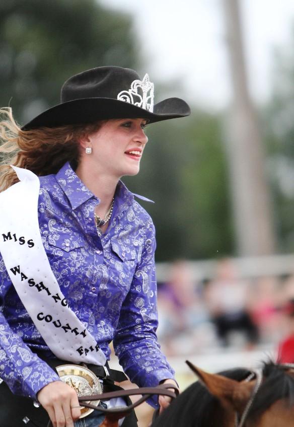 2014 Miss Washington County  Rodeo Elisabeth White.