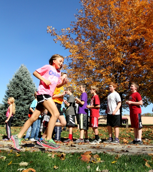 Samantha Murry keeps up a nice pace as she runt toward the finish during the fifth grade girls race.