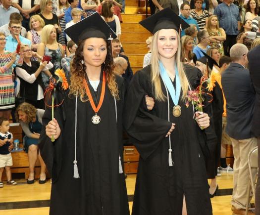 Fort Calhoun Graduation 2015 Mackenzie Carlson, Christine Catde