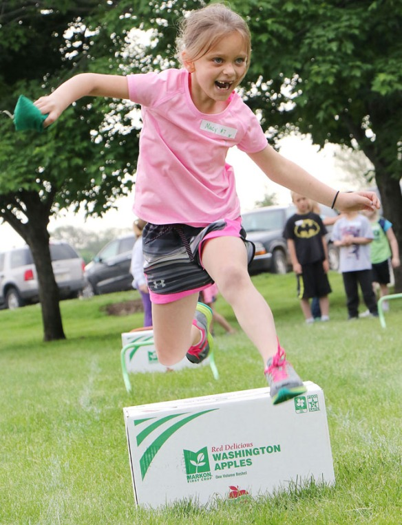 Obstacle course, first grade fun day
