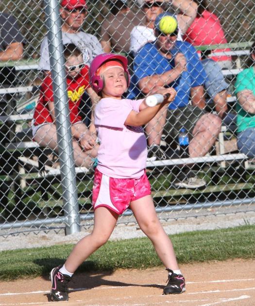 Hope   Andersen hits a single - Gtade 2-3 division