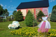 Country Quilts quilt show and garden walk at the home of Doug and Teri Wolfe.