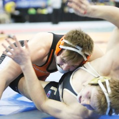 Cole Welchert wrestles in opening round of Class state championship matches.
