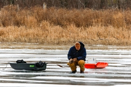 Ice fishing at DeSoto Bend NWR