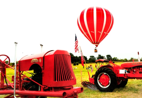 Rich Jaworski offered guests a bird's eye view of Fort Atkinson from his tethered hot air balloon during Heritage days.