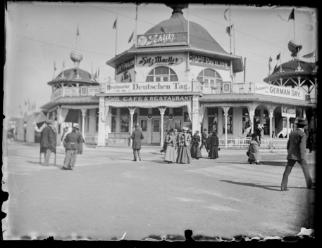 Schlitz Pavillon and Cafe on the Streets of All Nations on the midway.